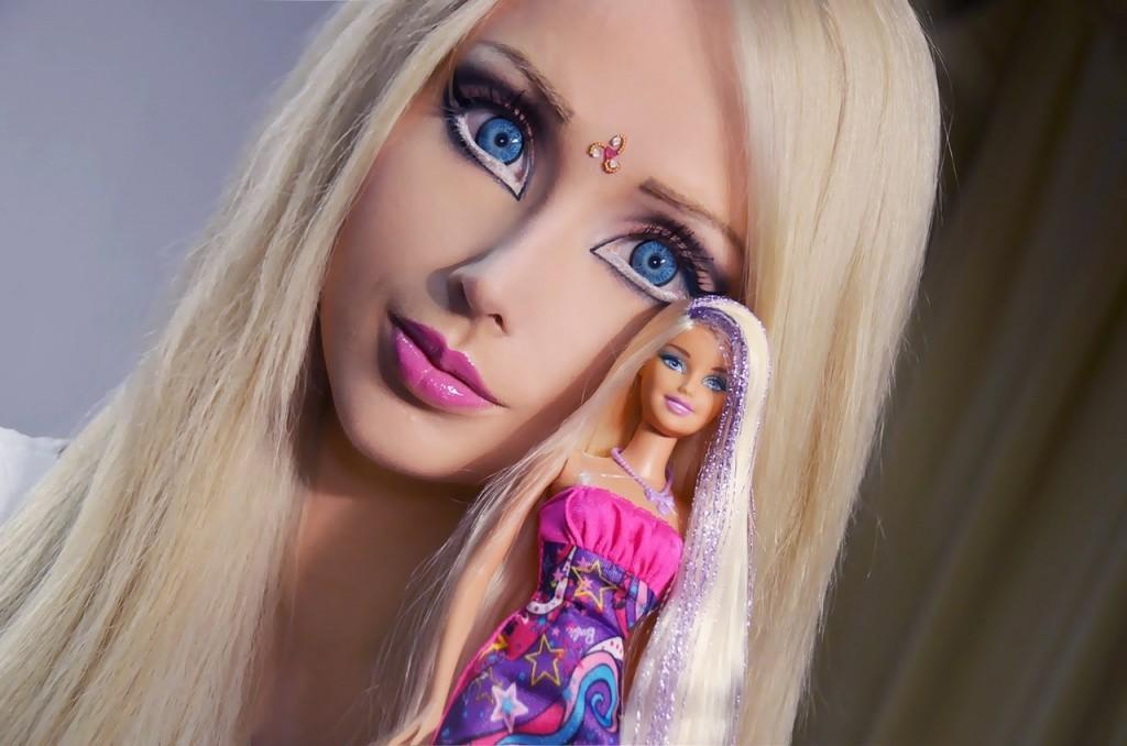 фото макияжа Барби