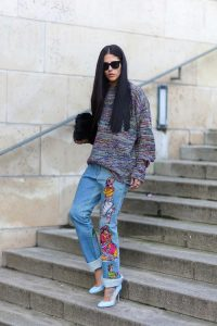 10.-baggy-jeans-with-trendy-accessories