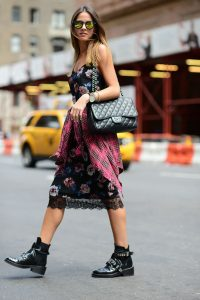 1416929328_dress_combination_as_well_as_what_to_wear_it_on_the_streets_04