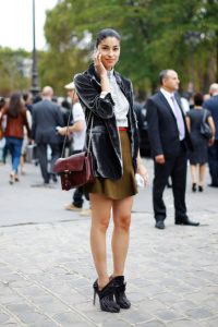 CAROLINA-ISSA-BY-TAMU-MCPHERSON-ALL-THE-PRETTY-BIRDS-GREAY-GRAY-VELVET-JACKET-BLAZER-RED-SATCHEL-ZEBRA-BOOTIES-BRIGHT-BELT-BROWN-SKIRT-PIN-STRIPE-BUTTON-SHIRT-STREET-STYLE-fashion-bloggers-weari