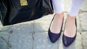 Обувь на низком ходу – стильный и практичный ответ высоким шпилькам